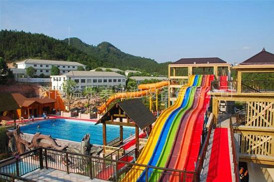 水上乐园工程-彩虹滑梯